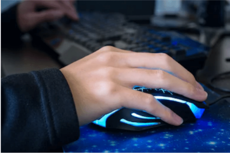Best Mouse Grip For Gaming in 2019-Popular Mouse Grips